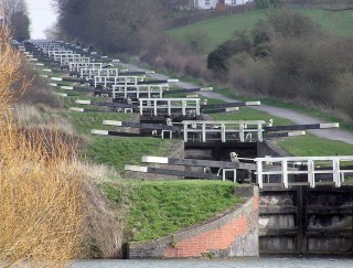 A Short History of the Caen Hill Locks